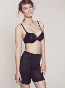 Marie Meili Mma13p0389 shape perfection